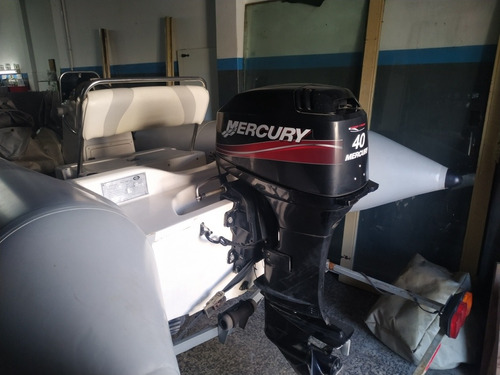 simirrigido kiel 460 con mercury 40hp impecable !!!