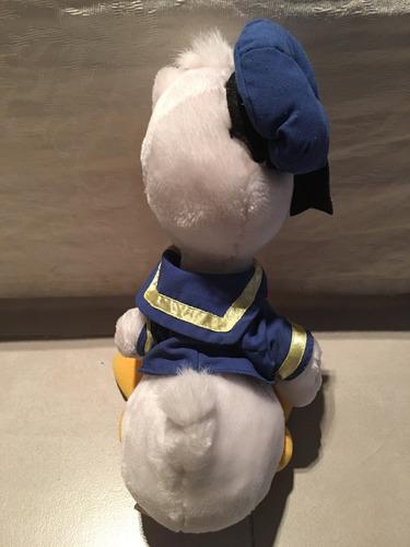 simpático muñeco de peluche pato donald