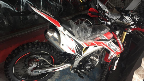 sin inicial crx 2500 tauro