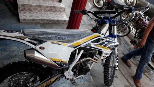 sin inicial tauro 250cc