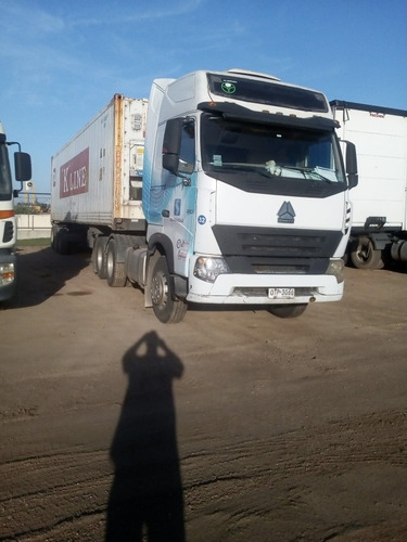 sinotruk howo a7 380 tractor 6x2