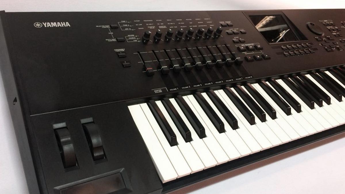 Sintetizador Yamaha Motif Xf7 76 Teclas (usado)