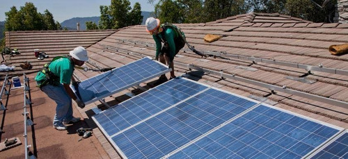 sistema de paneles solar para tu ogar  abajo costo