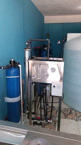 sistema de tratamiento de agua, tinacos y bombas