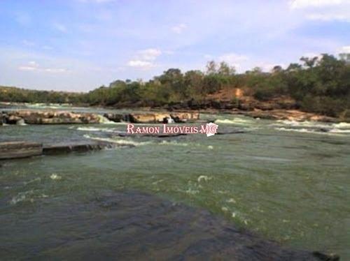 sítio 1743 casa 2/3 qts cond. cachoeira do choro curvelo mg
