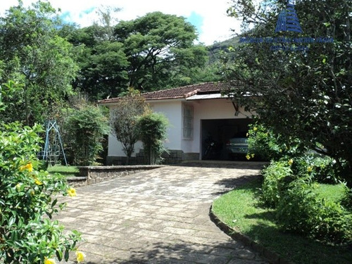 sítio a venda no bairro parque do imbui em teresópolis - - st 0174-1