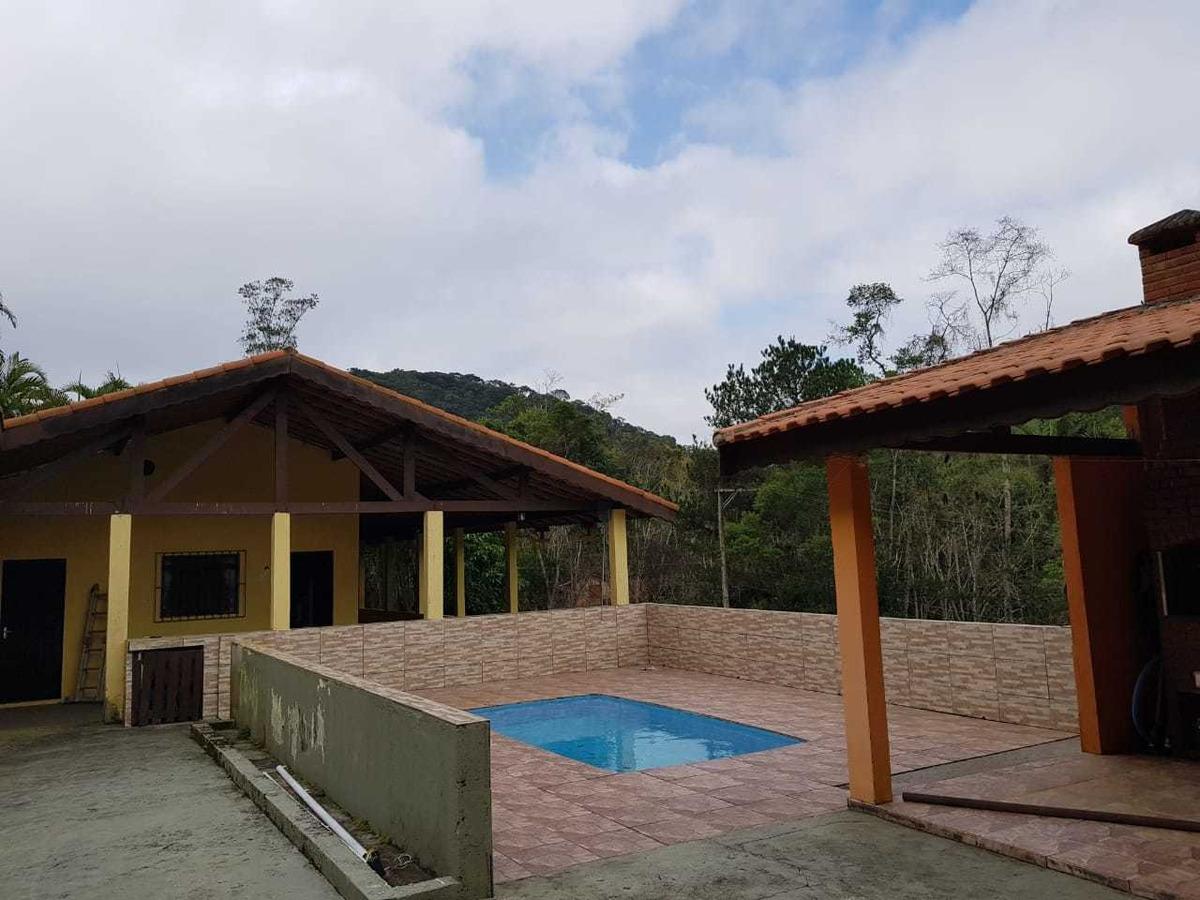 sítio bem localizado com lago piscina pomar 30.400 m²