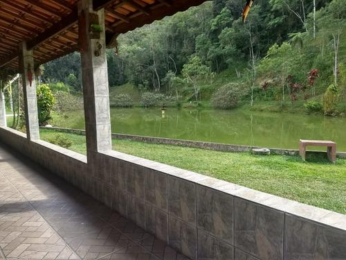 sítio bem localizado rico em água juquitiba