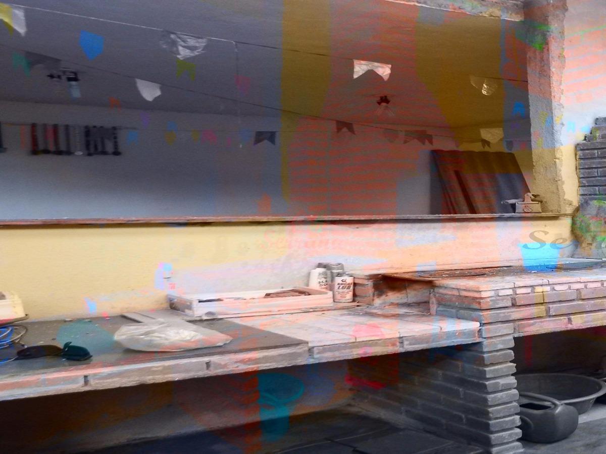 sítio com 1 alqueires com salão de festa e pomar