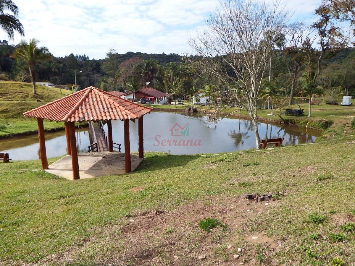 sítio com 13 alqueires com grande lago bem localizado