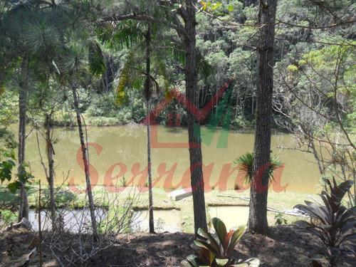 sítio com 15 alqueires lago com peixes e cachoeira.