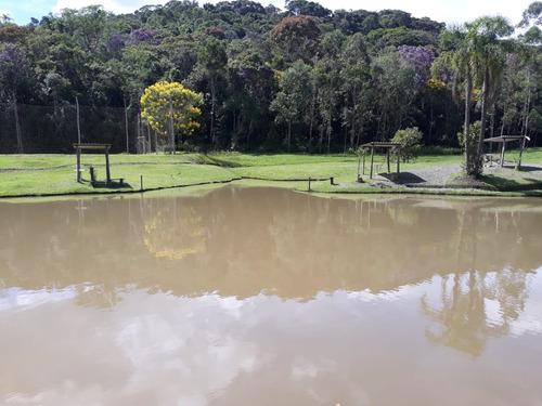 sítio com 2 lagos 5 alqueires campo de futebol 2 casas