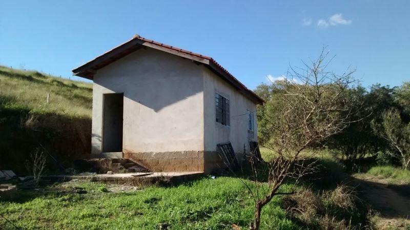 sítio com 2 quartos para comprar no zona rural em nepomuceno/mg - nep568
