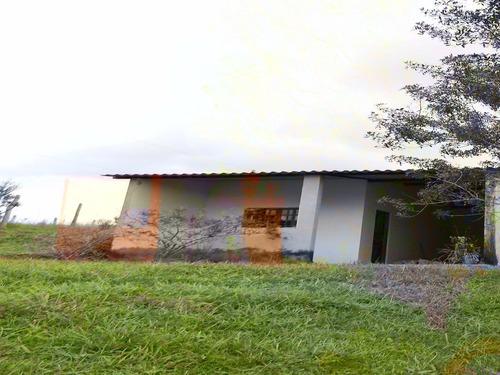 sítio com 29.800 m² casa avarandada com  linda vista