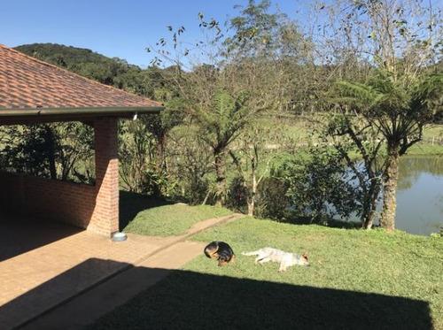 sítio com 4 alqueires belo lago possui pasto e ótima casa