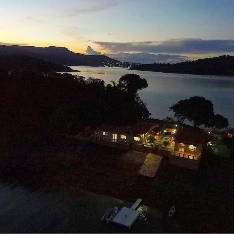 sítio com 4 dormitórios à venda, 11000 m² por r$ 880.000,00 - face das águas - guapé/mg - si0063