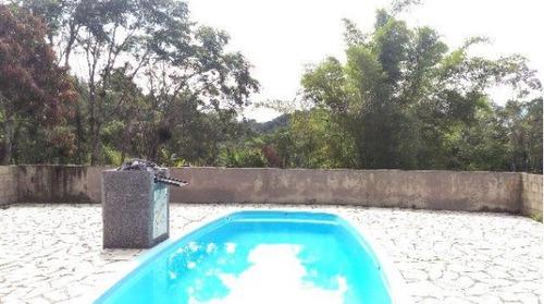 sítio com 40.000 m² piscina área de churrasco