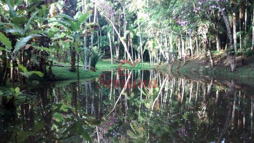 sítio com 42.000 m² 3 lagos e nascente própria
