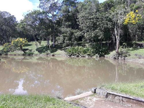 sítio com 5 alqueires 2 lagos e nascentes