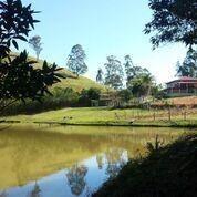 sítio com 5 dormitórios e lagos para venda e locação, 33200 m² por r$ 980.000 - souzas - monteiro lobato/sp - ch0058