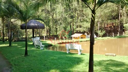 sítio com 5 lagos cheio de peixes, 7,5 alqueires e piscina.