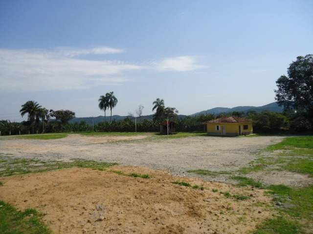 sitio comercial frente para rodovia ref 1158