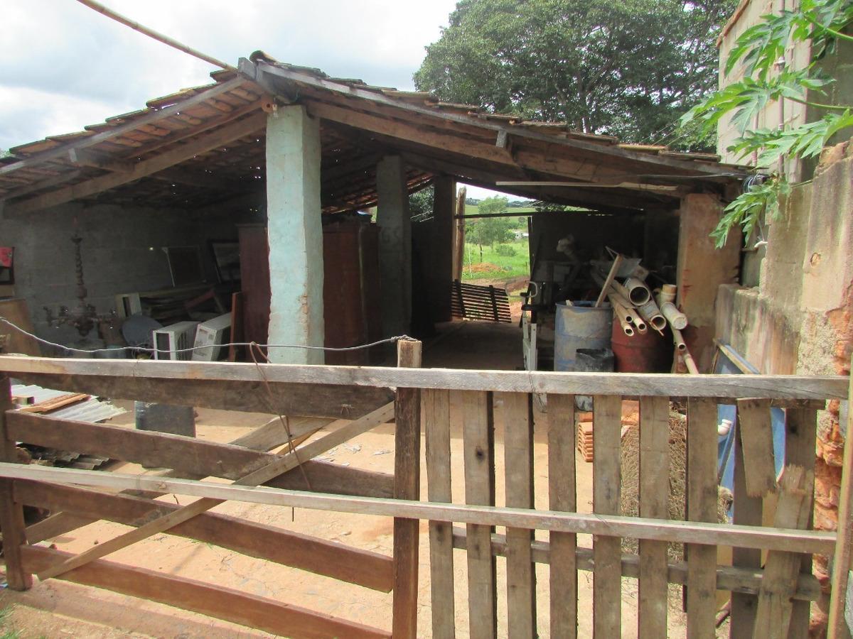 sítio em caxambu com 33.300 m2 , 02 casas - 513