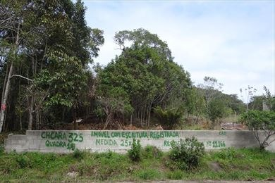 sitio em mongaguá com documentos r$ 80 mil .  c4354