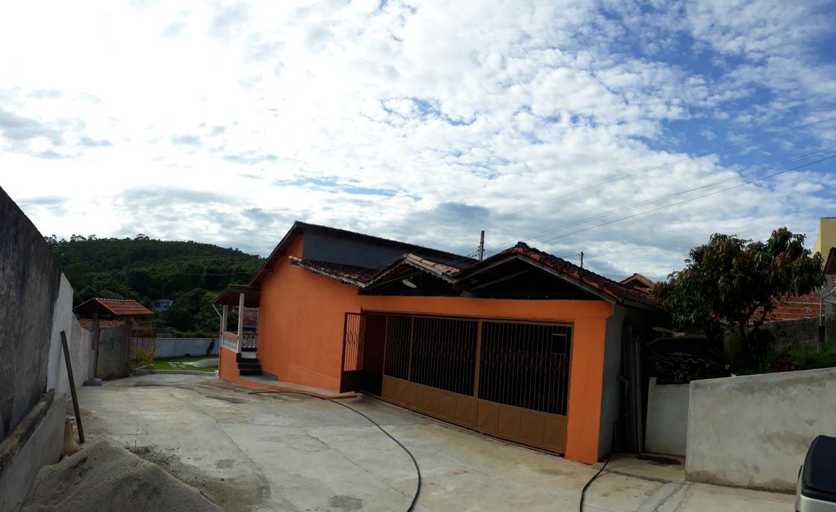 sítio em nazaré paulista 1800 m² casa grande 3 qtos piscina