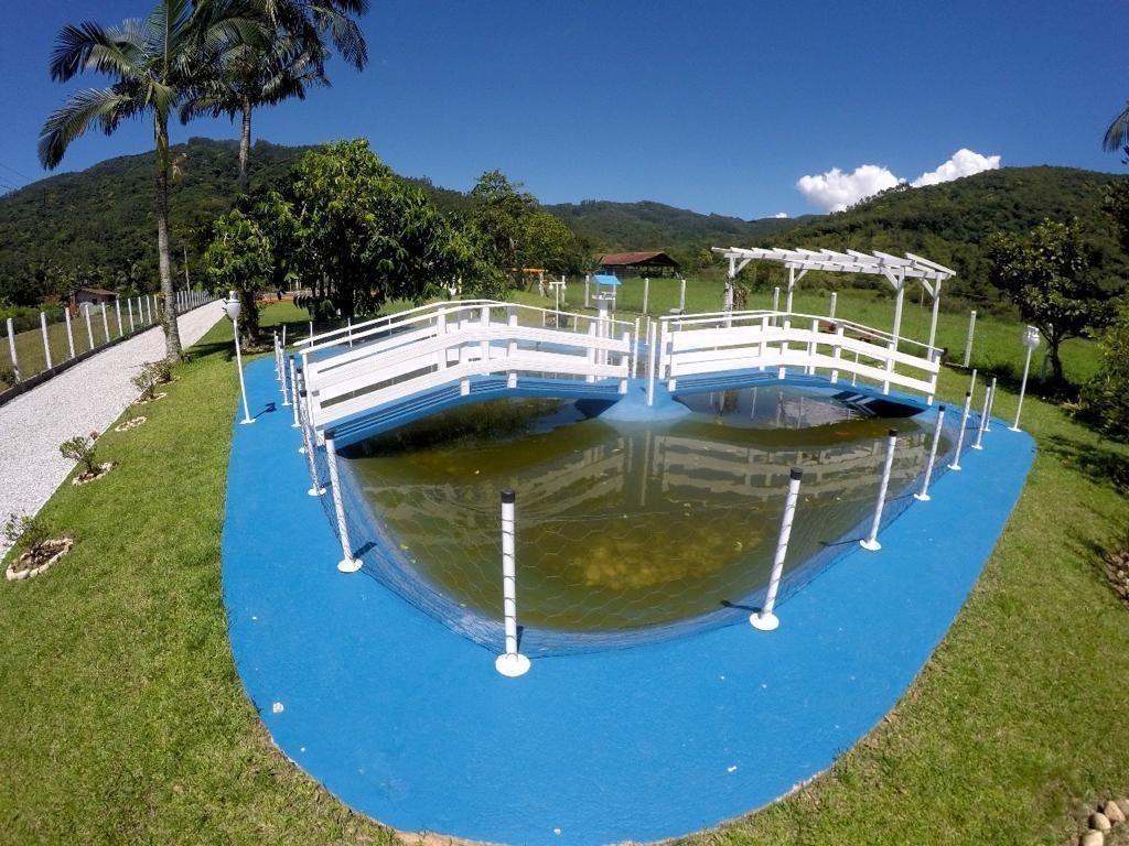 sítio em três riachos, na área rural de biguaçu/sc com estrutura e mobília completa. - sa01321 - 67633666