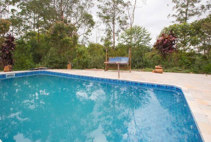 sítio na grande são paulo com piscina e espaço para eventos.