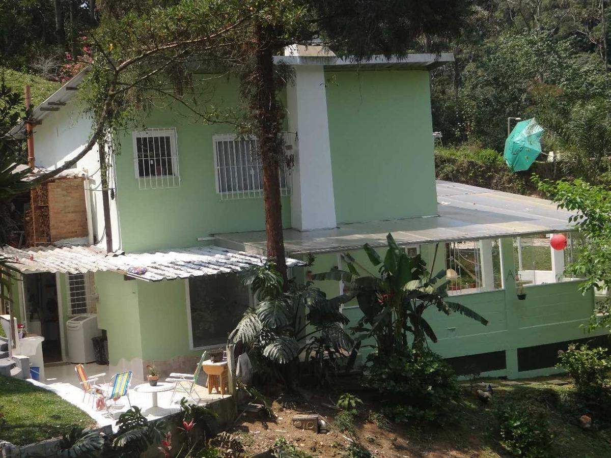 sitio na serra com 2 casas e agua de nascente. r$ 650.000,00