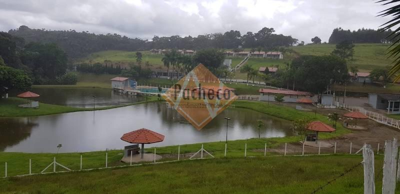 sítio no jardim vieira em mogi das cruzes com 408.000,00m² com 25 chalés, palco para eventos - 2234