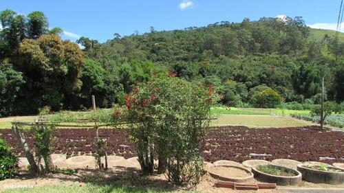 sítio para venda em teresópolis, vargem grande, 5 dormitórios, 3 banheiros, 5 vagas - s136