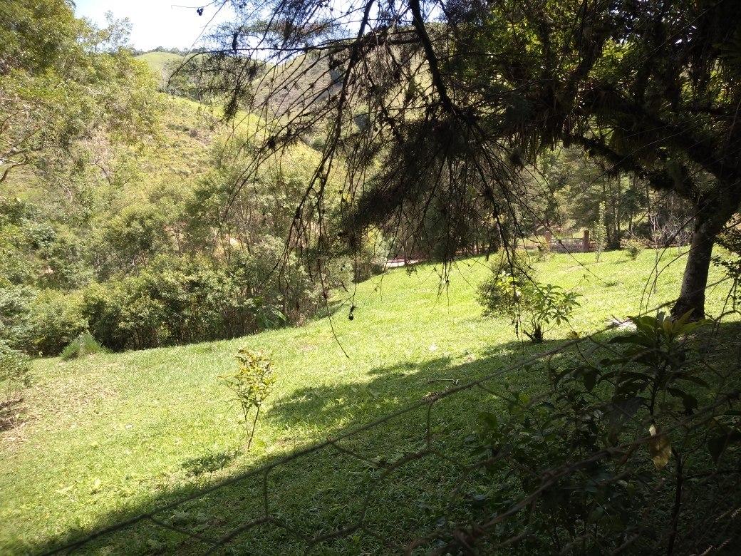 sítio paraíso perto de cachoeiras