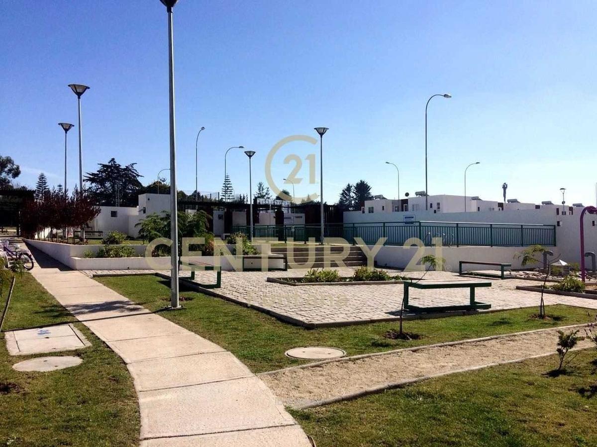 sixto cortes alcayaga condominio cerro b