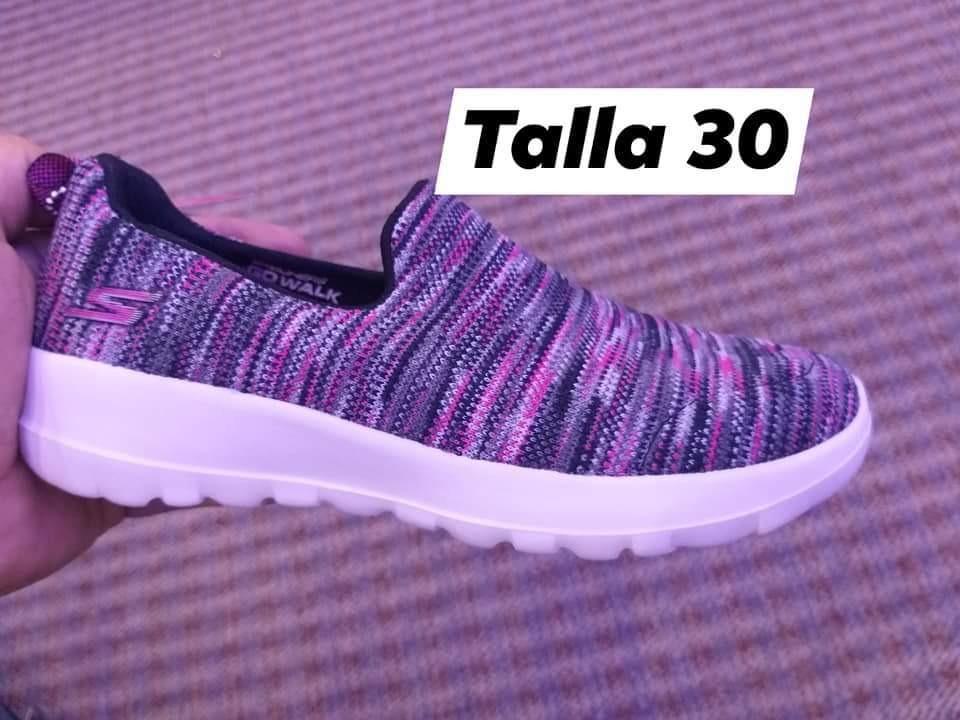 Dato hipocresía enlazar  Skechers Niña Original Talla 30 Nuevo Precio 40 - Bs. 20.040,00 en Mercado  Libre