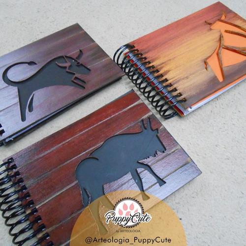 sketchbook, libreta, agenda. cuaderno de dibujo. cachorros