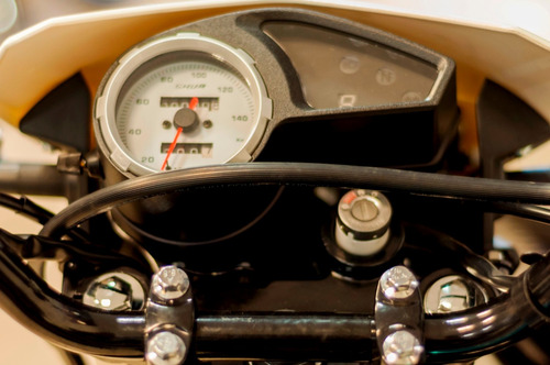 skua 150 enduro motomel  150cc