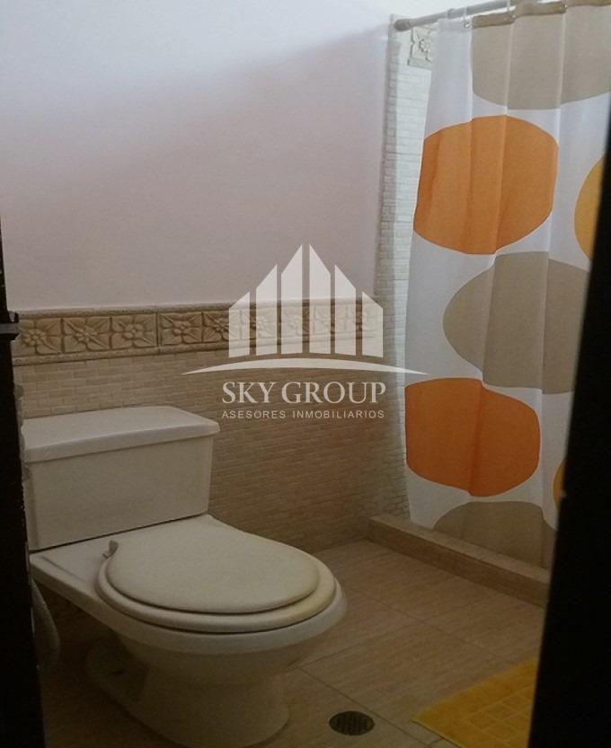 sky group vende casa en el parral en calle cerrada