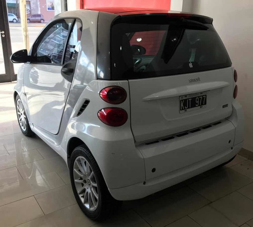 smart fortwo 2011 1.0 passion 84cv