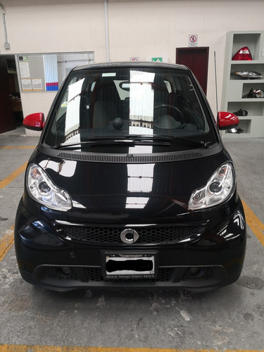 smart fortwo coupe black & white mt