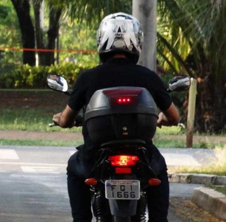 smart light - lanterna de freio motor