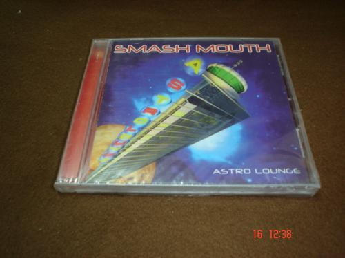 smash mouth - cd album - astro lounge bim