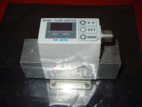 smc flow switch pf2w720-n04-67