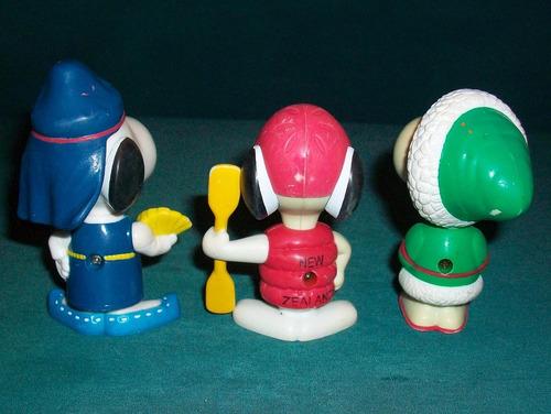 snoopy coleccion muñeco