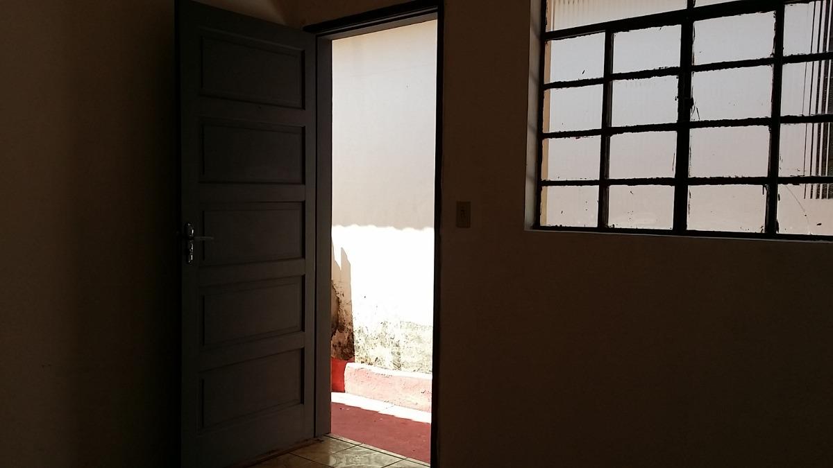 são 2 casas térreas com 2 dorms no jd. esther -  ref: 78815