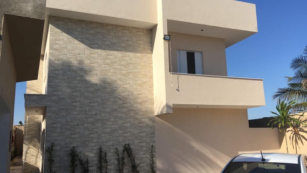 sobrado 02 dormitórios, com piscina   - 1254-1