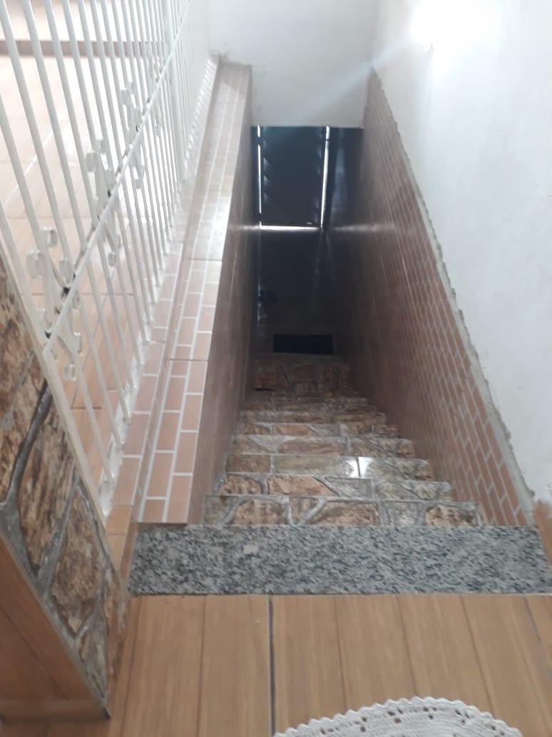 sobrado 1 quarto com varanda, em sepetiba