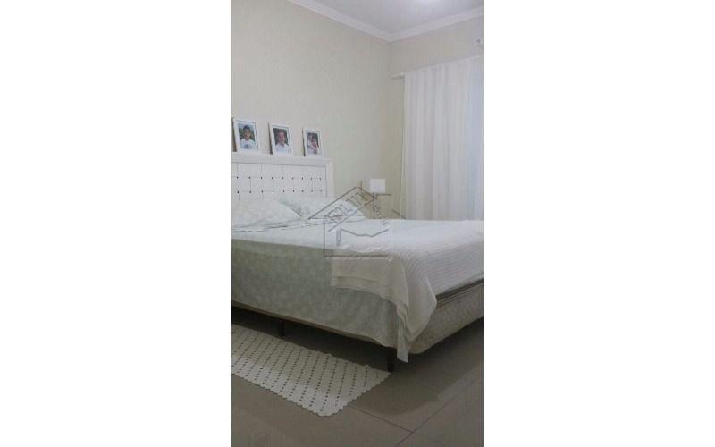 sobrado 2 dormitórios no maracanã em praia grande aceita financiamento ou auto com parte do pagamento